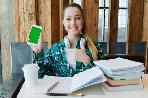 5 aplicații care te vor ajuta în această perioadă